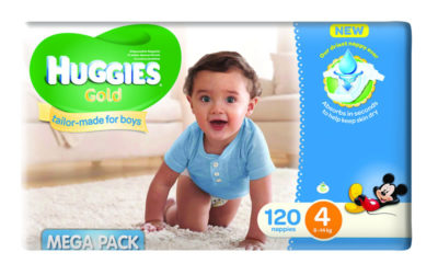 Huggies Megabox Boy Size 4 120's & Wipes