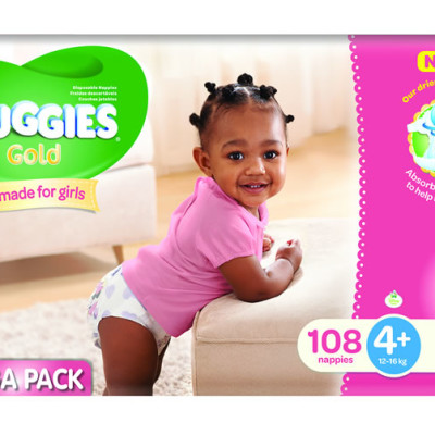 Huggies Megabox Girl Size 4+ 108's & Wipes